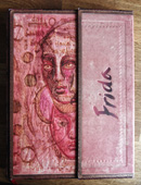 Buchprojekt Frida (Bucheinband mit einem Selbstporträt von Frida Kahlo)