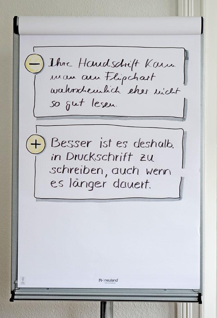 Schreiben am Flipchart: Handschrift oder Druckschrift?