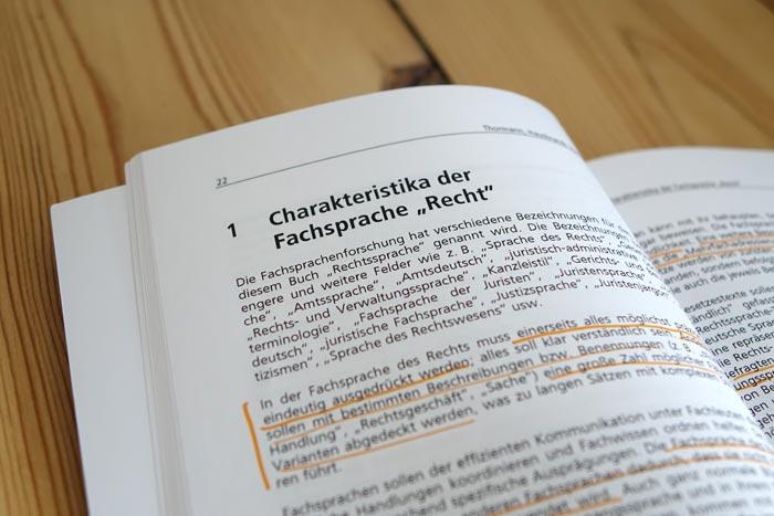 """Buch Rechtssprache: Charakteristika der Fachsprache """"Recht"""""""