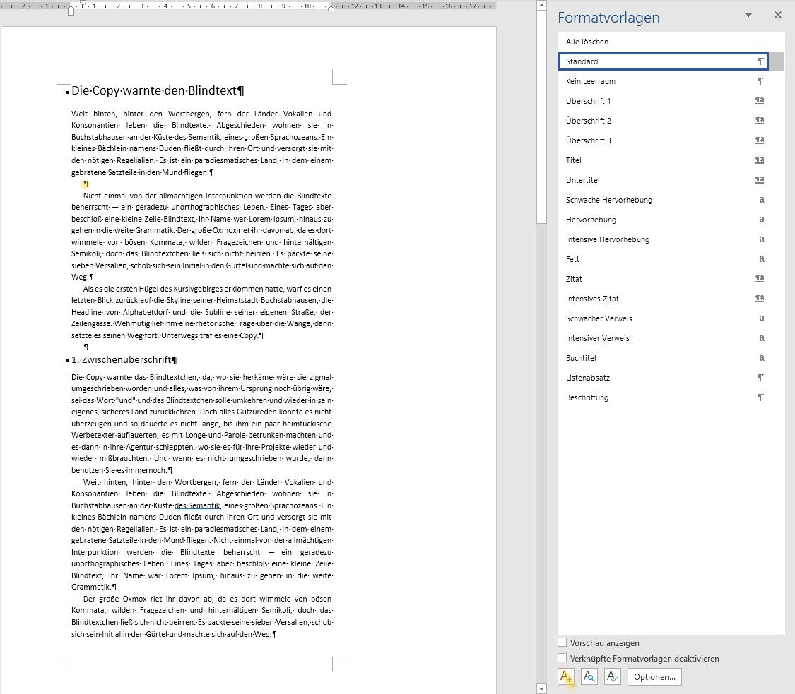 Screenshot Word: Textseite mit markierter Leerzeile und geöffnetem Formatvorlagen-Fenster